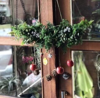 オーナー様・お施主様限定 11月16日(土)「お花アレンジ教室のご案内」今回はクリスマスバージョンの「ガーランド」を企画させて頂きました。